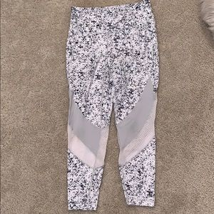 Athleta 7/8 leggings